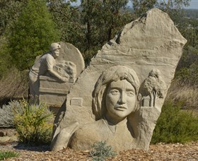 Heritage Sculptures at Pensioners Hill Lookout - Accommodation Fremantle