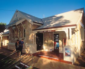Dongara Heritage Walk - Accommodation Fremantle
