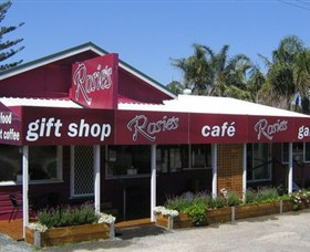Rosies Cafe and Gallery - Accommodation Fremantle