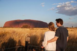 Uluru Ayers Rock Sunset with Outback Barbecue Dinner and Star Tour - Accommodation Fremantle