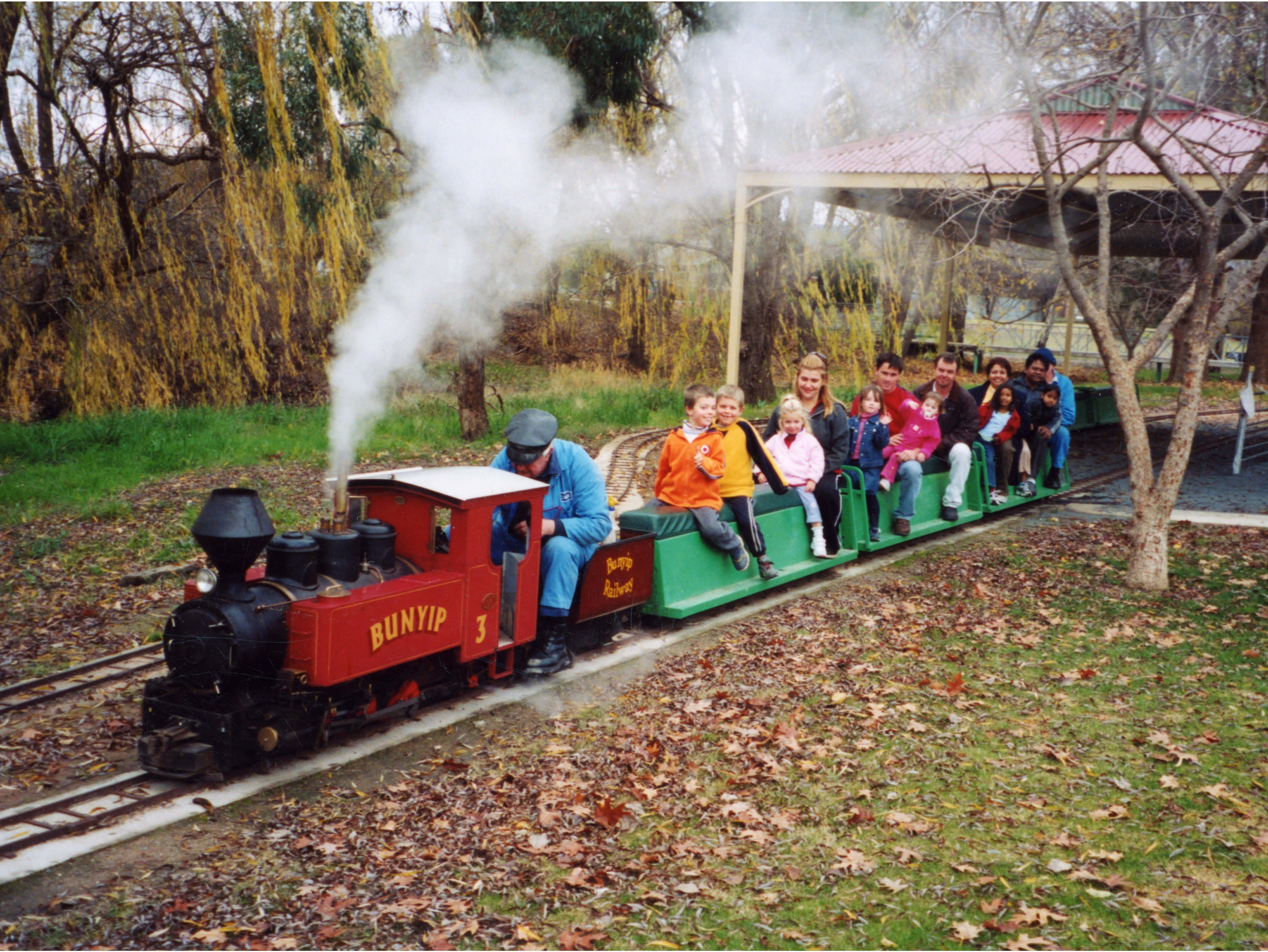 Holbrook Miniature Railway - Accommodation Fremantle
