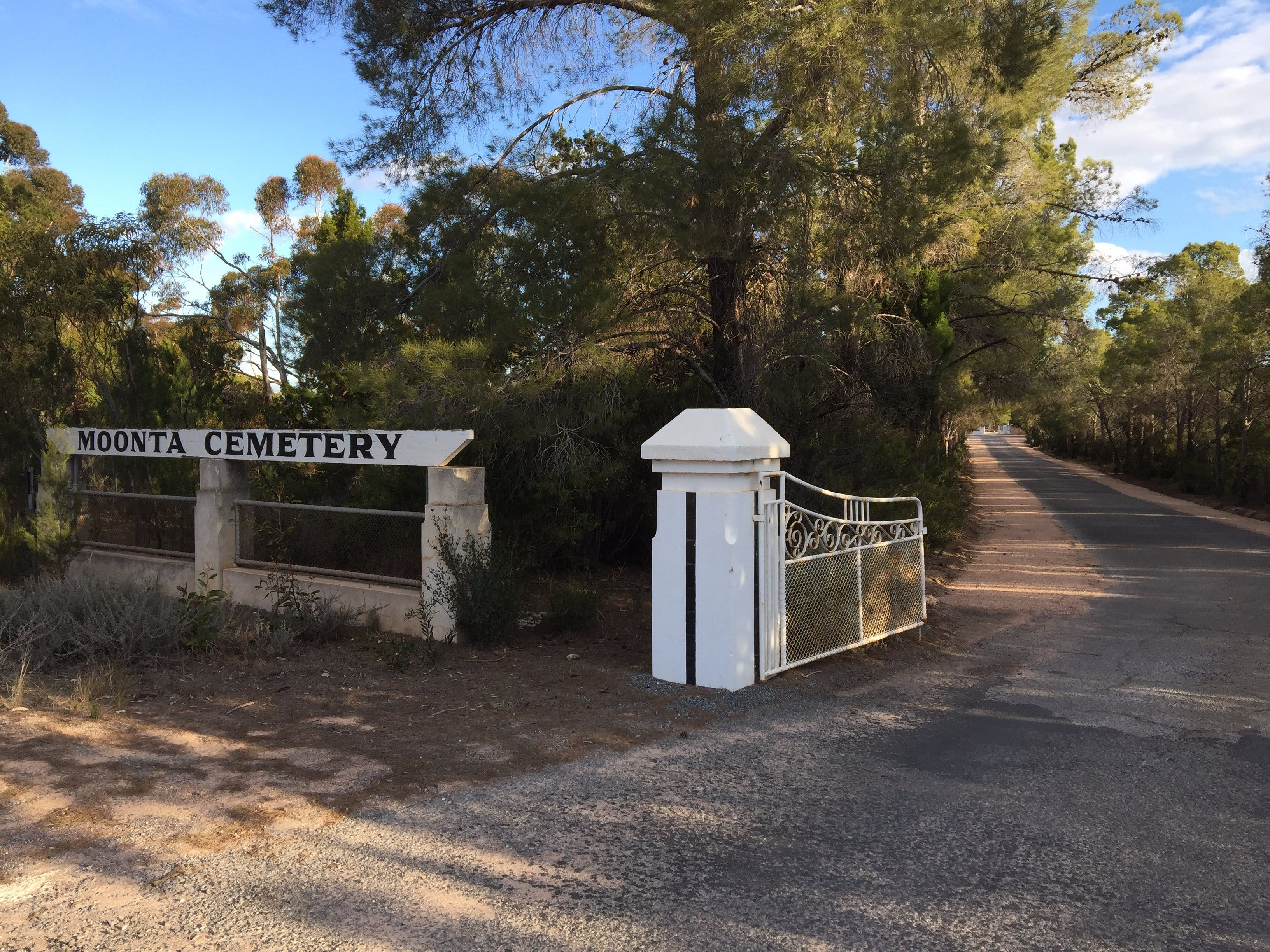Moonta Cemetery - Accommodation Fremantle