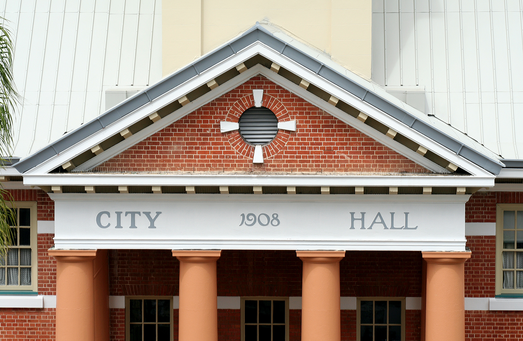 Maryborough City Hall - Accommodation Fremantle