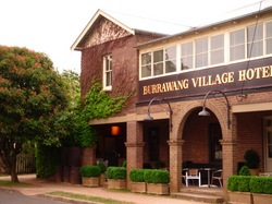 Burrawang Village Hotel - Accommodation Fremantle