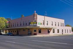 Railway Hotel - Accommodation Fremantle