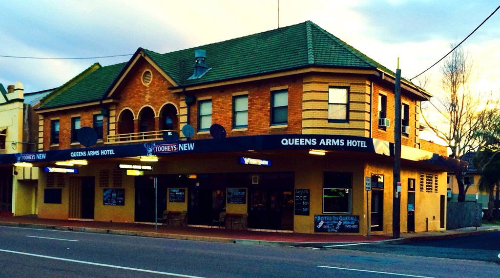 Queens Arms Hotel - Accommodation Fremantle