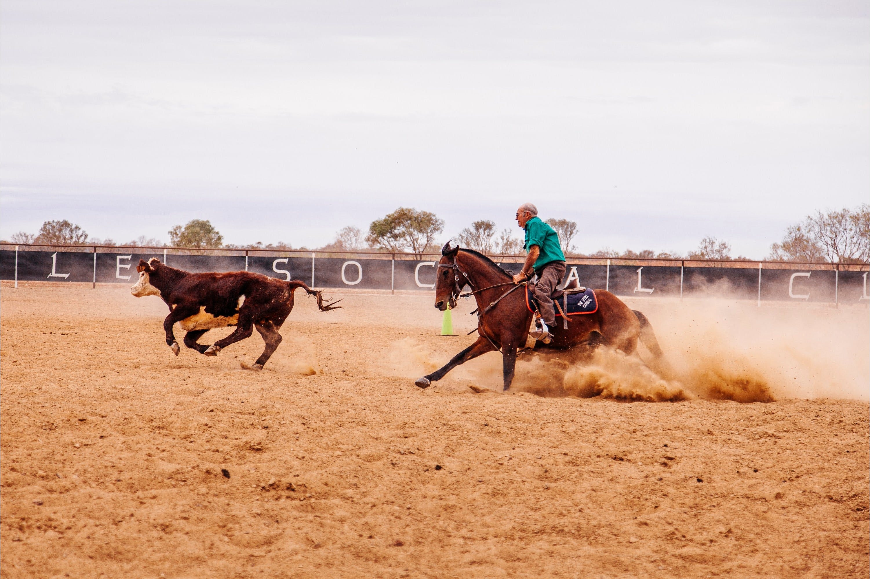 Birdsville Campdraft  Rodeo and Bronco Branding - Accommodation Fremantle