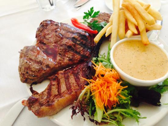 Cardens Seafood  Steak House - Accommodation Fremantle