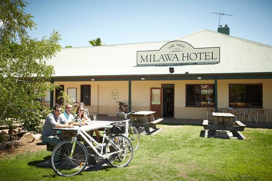 Milawa Commercial Hotel Restaurant - Accommodation Fremantle