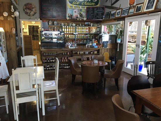 Callemondah Cafe - Accommodation Fremantle