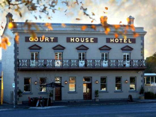 The Courthouse Hotel Bistro - Accommodation Fremantle