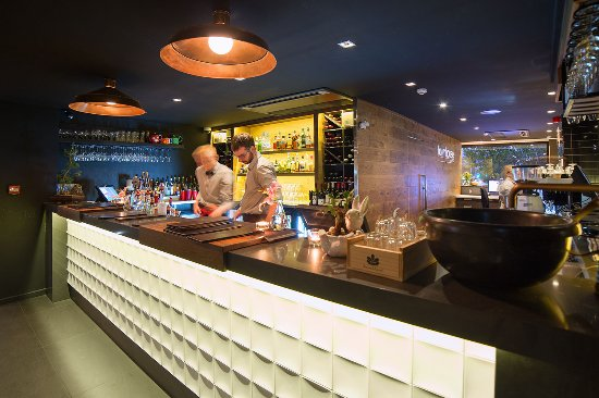 The Oakroom Kitchen and Bar - Accommodation Fremantle