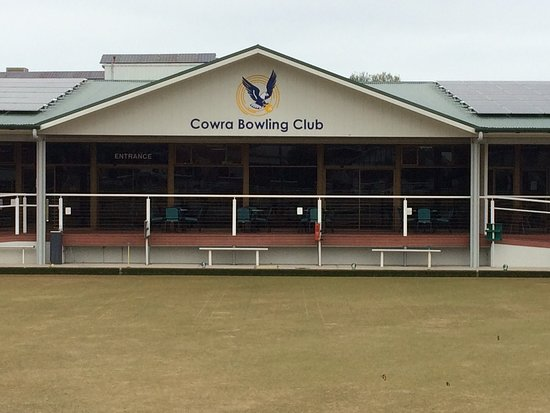Cowra Bowling and Recreation Club Limited - Accommodation Fremantle