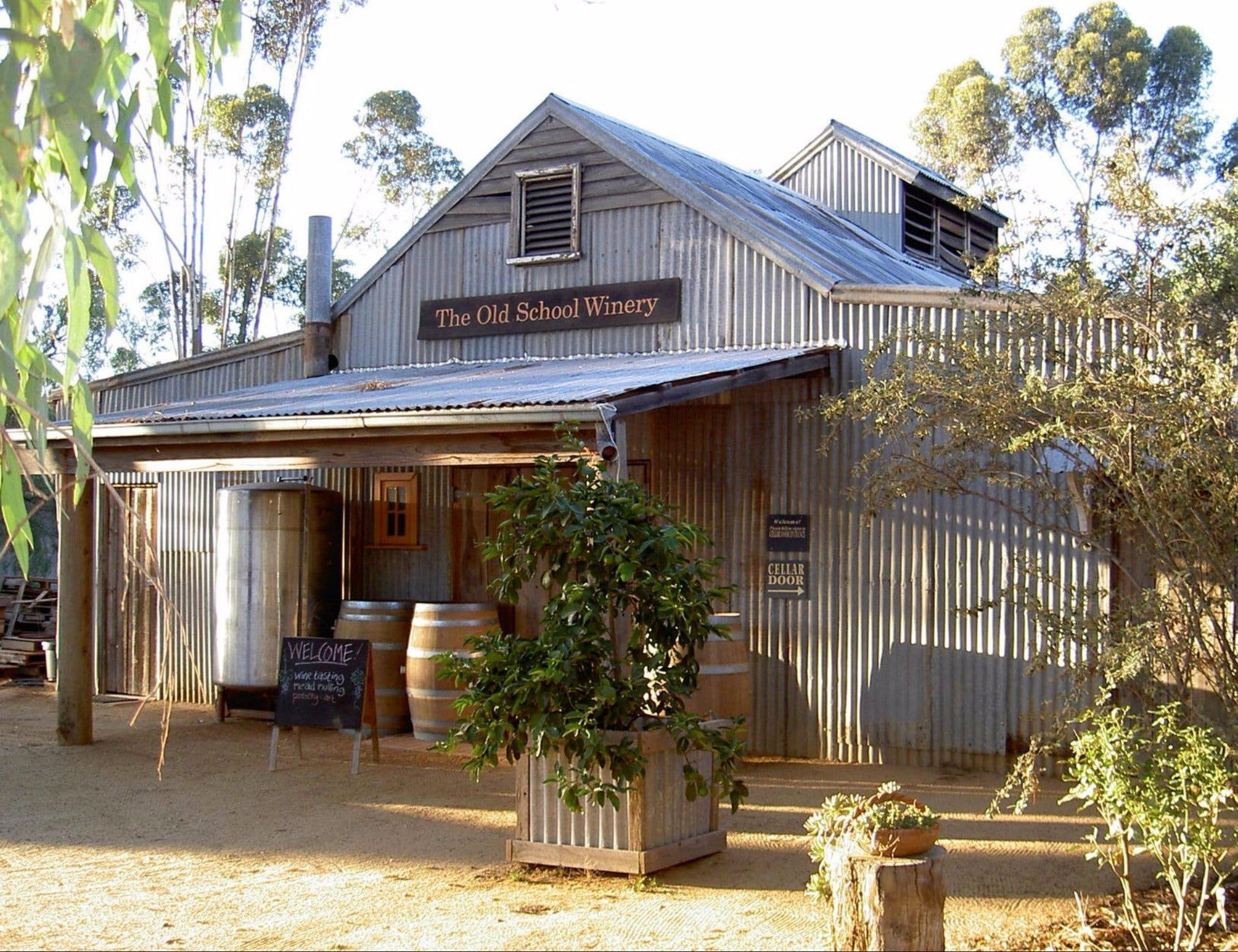 Old School Winery and Meadery - Accommodation Fremantle