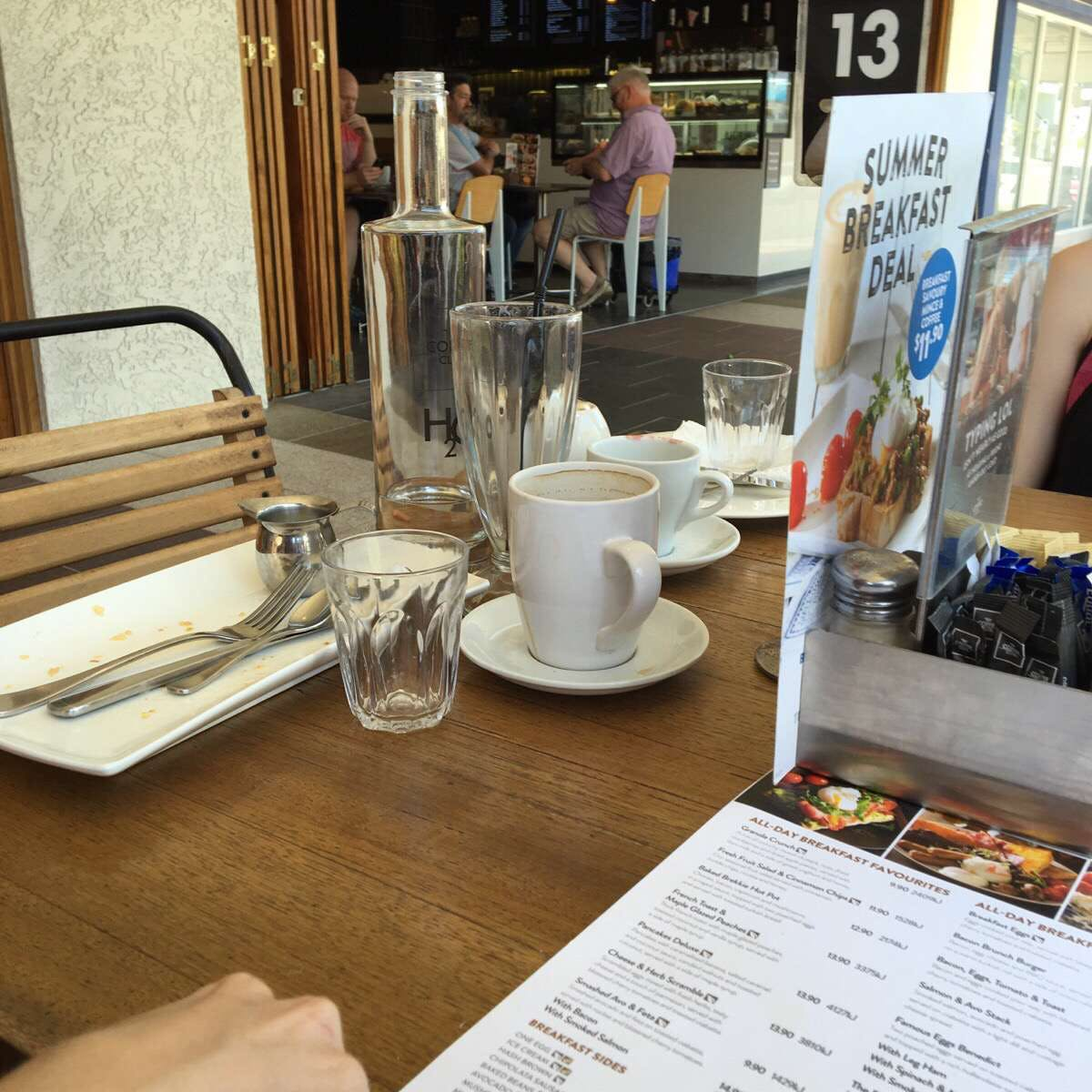 The Coffee Club - Grand Hotel - Gladstone - Accommodation Fremantle
