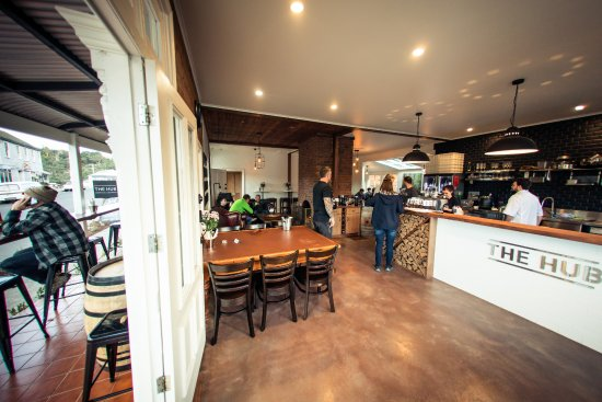 The Hub - Pizza and Beer - Accommodation Fremantle