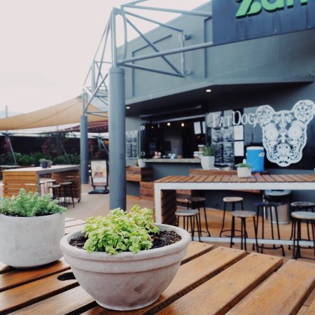 Fat Dogz - Accommodation Fremantle
