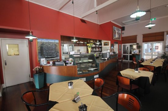 Henry's Cafe and Restaurant - Accommodation Fremantle
