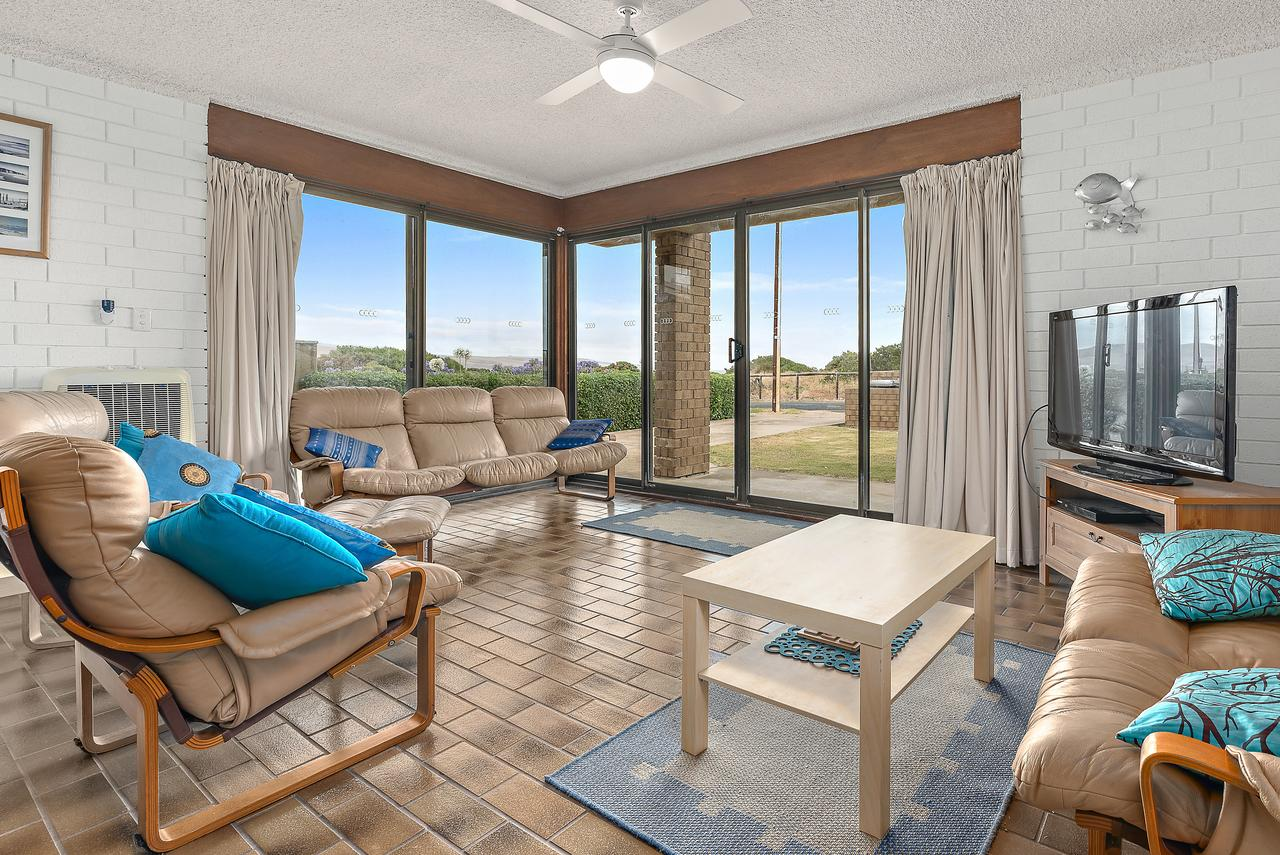 Sun  Surf Aldinga Beach Apartment - Accommodation Fremantle
