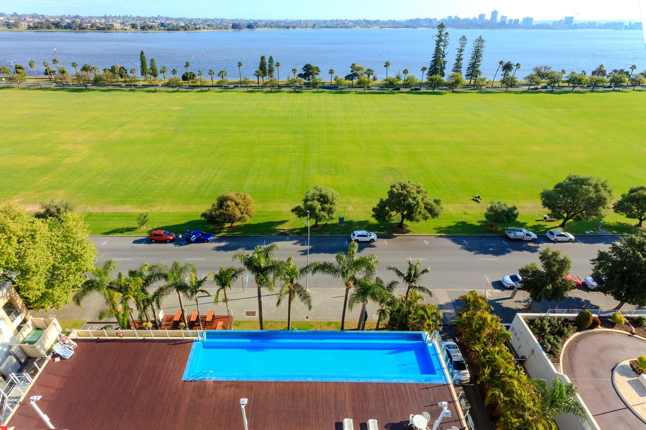 Crowne Plaza Perth - Accommodation Fremantle