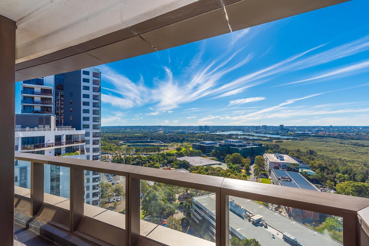 Olympic park Sunshine 2 bedrooms Apts with Private parking - Accommodation Fremantle