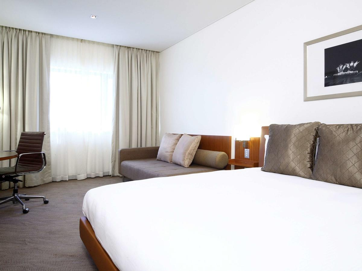 Novotel Canberra - Accommodation Fremantle