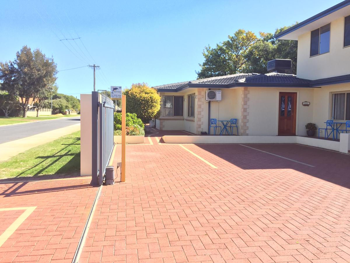 The Royal Dolphin Bed  Breakfast Safety Bay - Accommodation Fremantle