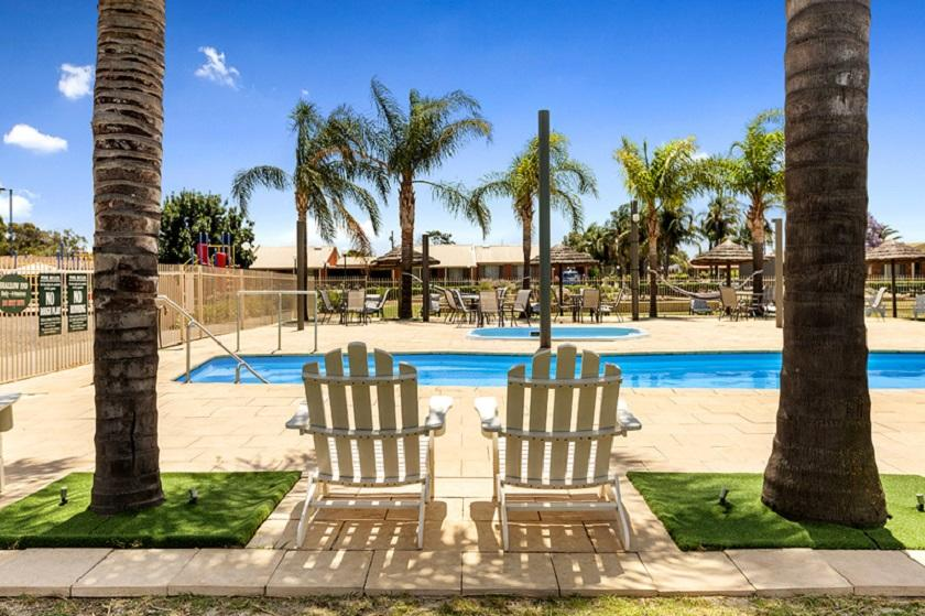 Lakeside Country Club - Accommodation Fremantle